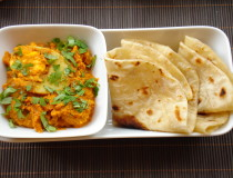 egg curry-chapati